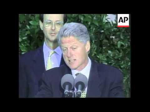 Usa: president clinton urges india to end its nuclear tests